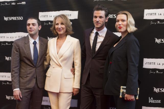 Xavier Dolan, Nathalie Baye, Gaspard Ulliel et Léa... (PHOTO OLIVIER JEAN, LA PRESSE)
