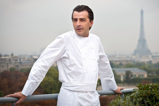 Le chef Yannick Alléno... (PHOTO ARCHIVES AFP)