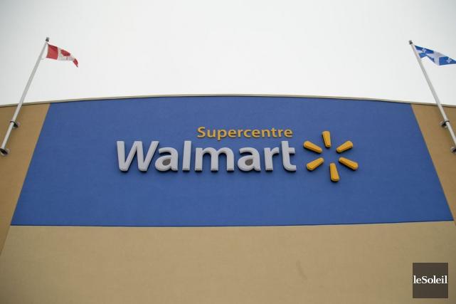 Chez Walmart et Maxi, le panier coûte 222... (Photothèque Le Soleil)