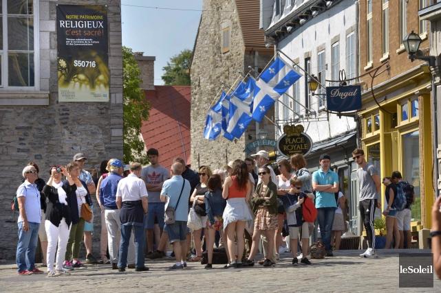 Nombreux sont les touristes qui décident de découvrir... (Photothèque Le Soleil, Jean-Marie Villeneuve)