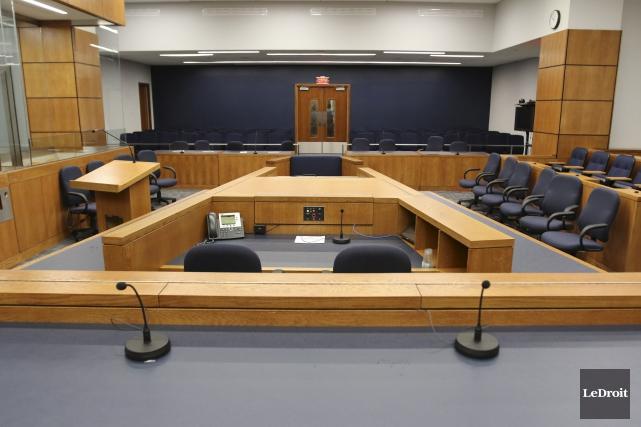 Voilà des années que la magistrature dénonce les... (Patrick Woodbury, LeDroit)