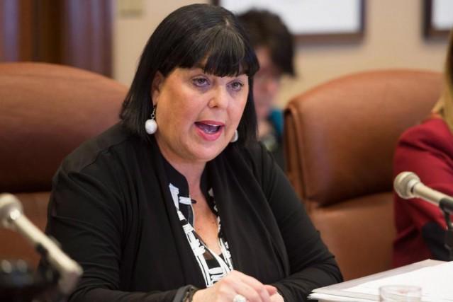 En mai dernier, l'ex-sous-ministre Dominique Savoieavait soutenu en... (ARCHIVES PC)