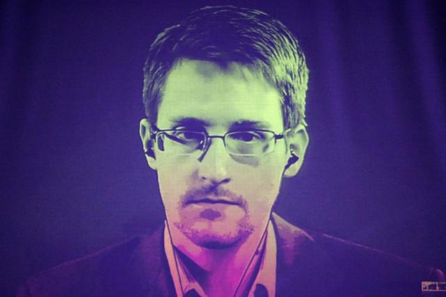 Le lanceur d'alerte Edward Snowden a appelé le président américain Barack Obama... (Photothèque Le Soleil)