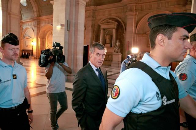 Jérôme Cahuzac, 64 ans, est jugé depuis le... (photo GEOFFROY VAN DER HASSELT, AFP)