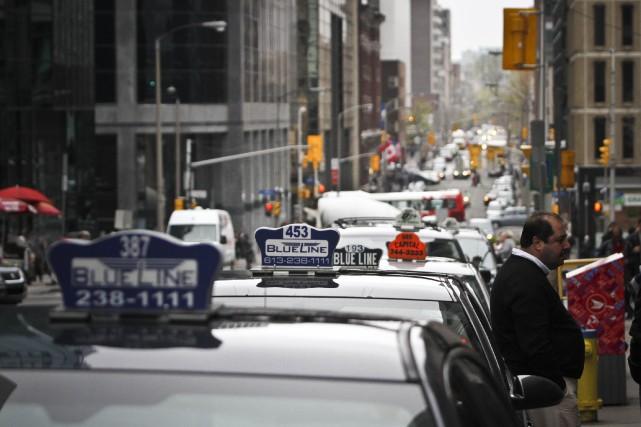 La Ville d'Ottawa soutient que l'industrie du taxi... (Etienne Ranger, LeDroit)