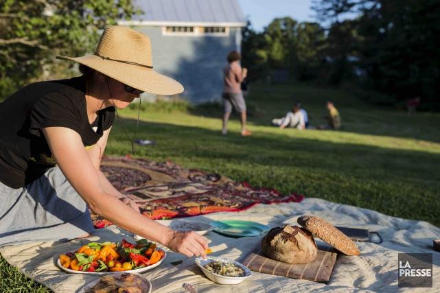 Chaque année, d'irréductibles Vermontois organisent une soirée pique-nique... (La Presse, Édouard Plante-Fréchette)