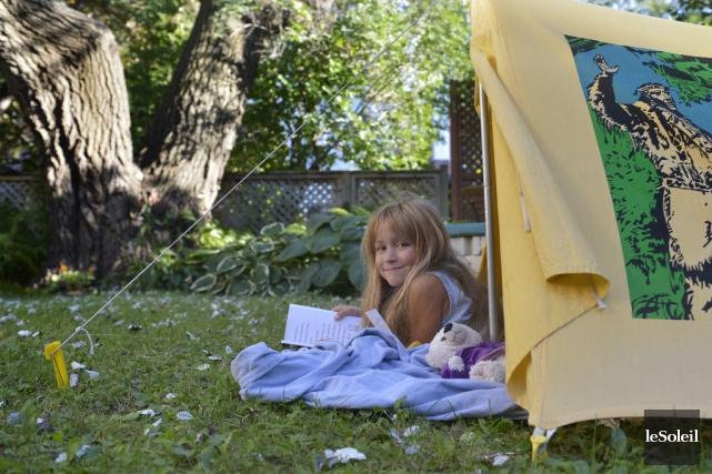 Distraite à ses heures, Mathilde Légaré, 7 ans,... (Yan Doublet, Le Soleil)