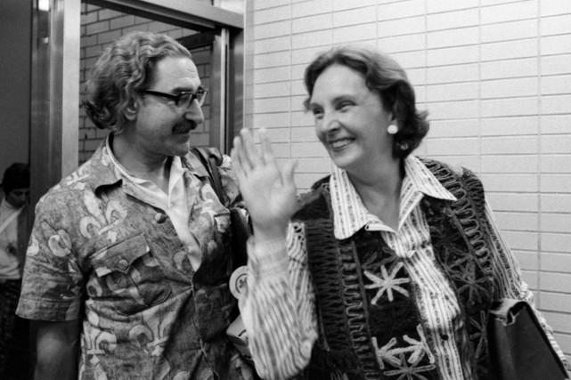 Michel Chartrand et Simone Monet-Chartrand à leur retour...