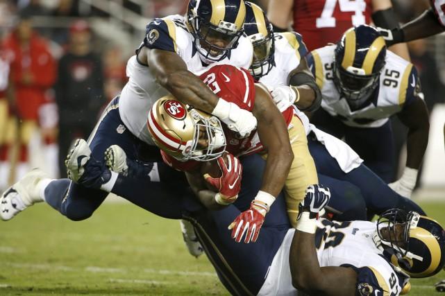 La NFLa été sévèrement critiquée pour sa gestion... (Associated Press)
