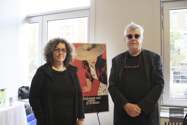 Linda Pinet, coscénariste et coproductrice, et André Forcier,... (Photo Le Quotidien, Yohann Gasse)