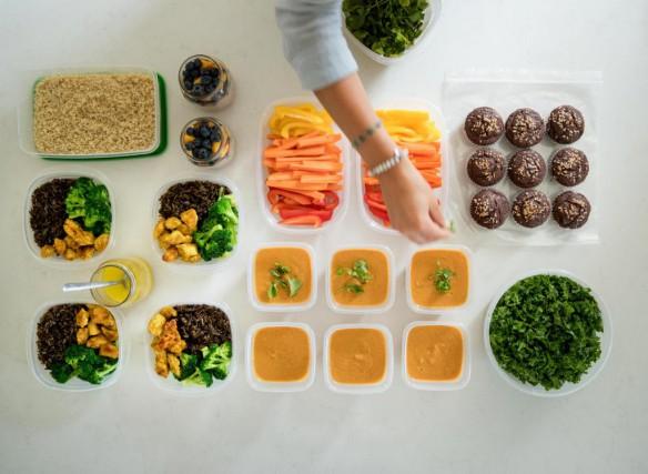Le food prep est une méthode qui permet... (PHOTO MARCO CAMPANOZZI, LA PRESSE)