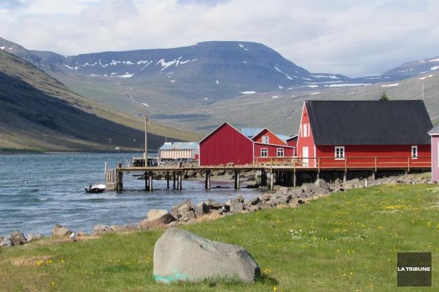 Les fjords de l'est de l'Islande, ce sont... (La Tribune, Jonathan Custeau)