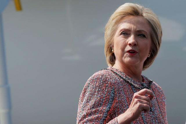 Hillary clinton reprend la campagne l 39 assaut de for Assaut sur la maison blanche
