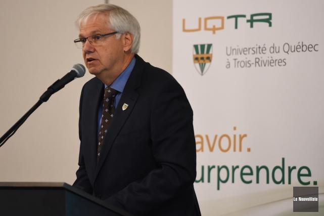 Le recteur de l'UQTR, Daniel McMahon, a inauguré... (François Gervais, Le Nouvelliste)