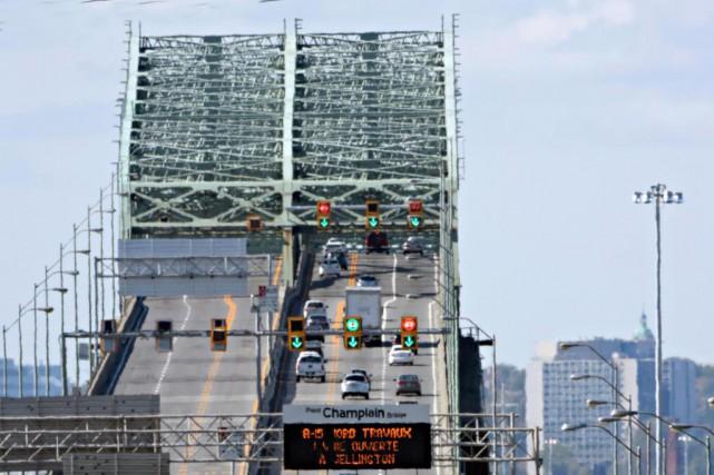 Le pont Champlain sera complètement fermé à la... (PHOTO BERNARD BRAULT, Archives LA PRESSE)