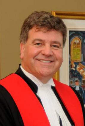 Le juge Gérard Dugré... (photo tirée de l'internet)