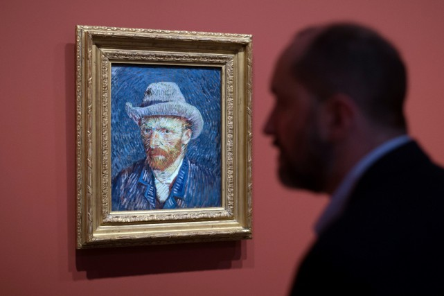 Un autoportrait de Vincent van Gogh... (Photo Bertrand Langlois, AFP)