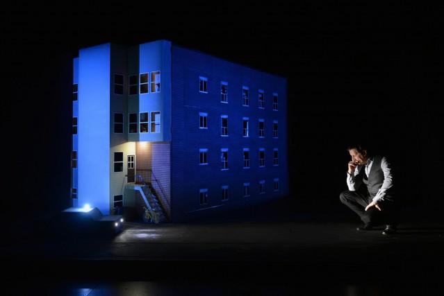 Robert Lepage présente son solo «887» dans la... (Courtoisie Ex Machina)