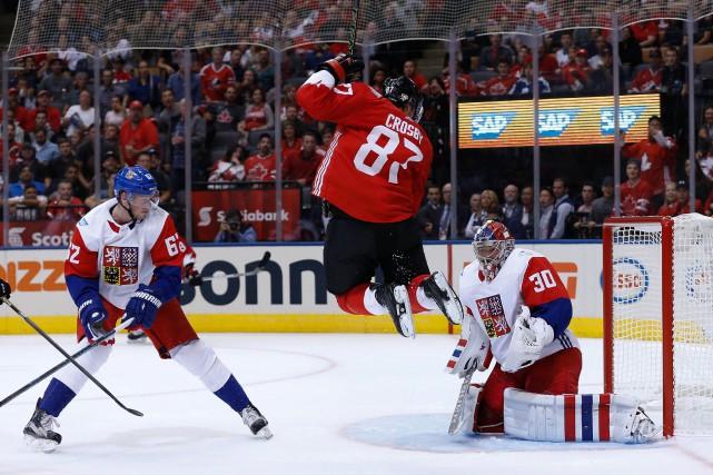 Le capitaine a récolté un but et deux... (Photo USA Today Sports)