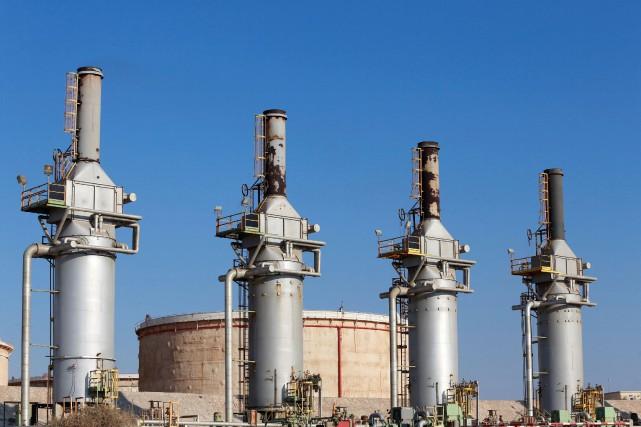 Le terminal pétrolier de Zueitina, à l'ouest de... (Photo Esam Omran Al-Fetori, archives REUTERS)