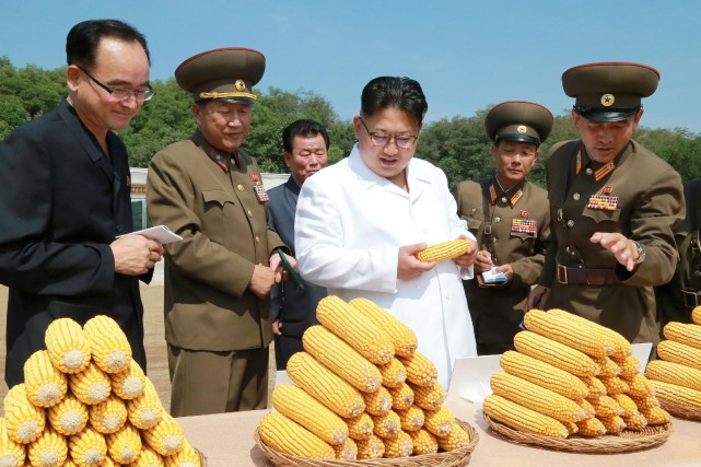 Le leader nord-coréen Kim Jong-Un en visite dans... (Photo archives Reuters)