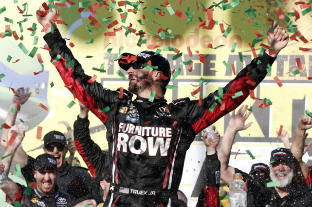 Martin Truex Jr.... (PHOTO AP)