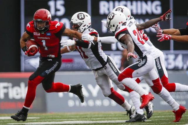 Le Rouge et Noir demeure dans la course... (Jeff McIntosh, La Presse canadienne)