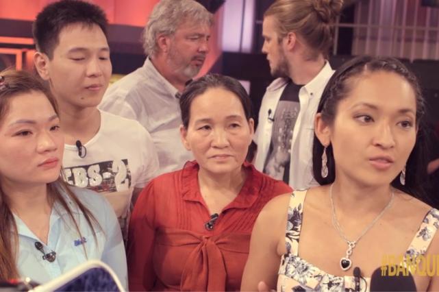 Léa Grimard était entourée de sa famille, dimanche.... (Photo tirée du site Internet de TVA)