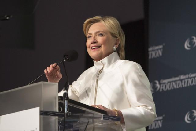 La démocrate Hillary Clinton semble toujours en voie... (AFP, Chris Kleponis)