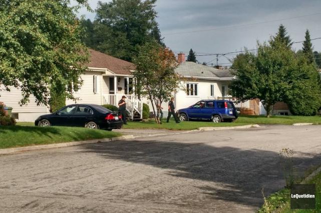 Les policiers ont été appelés à intervenir sur... (Photo Le Quotidien, Patricia Rainville)