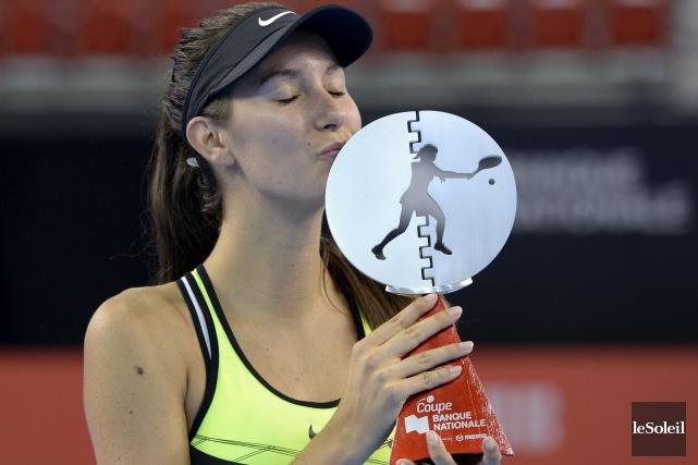 Océane Dodin a remporté son premier titre de... (Photo Yan Doublet, Le Soleil)