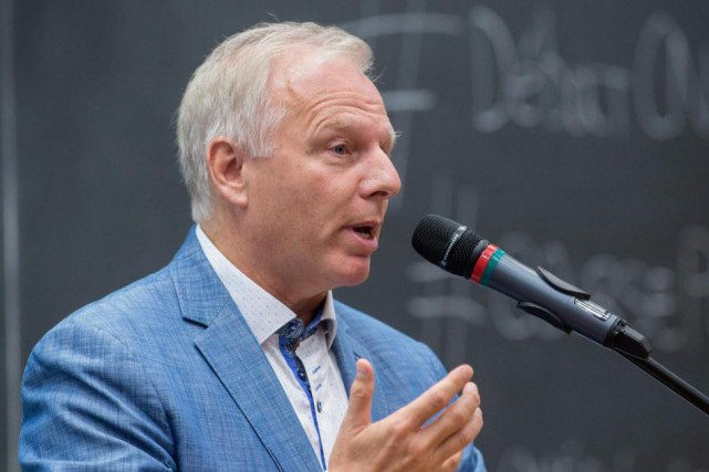 Si Jean-François Lisée replonge avec un tel enthousiasme... (Photo Paul Chiasson, archives La Presse canadienne)