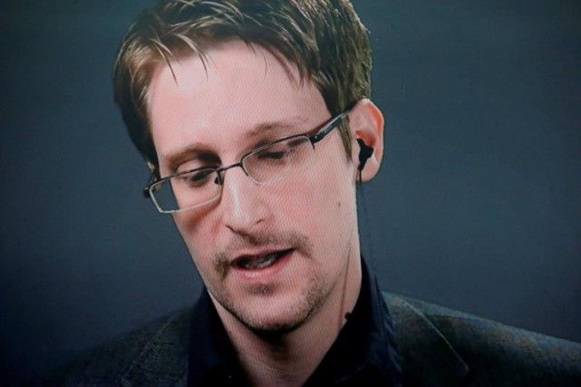 Edward Snowden... (PHOTO BRENDAN MCDERMID, REUTERS)