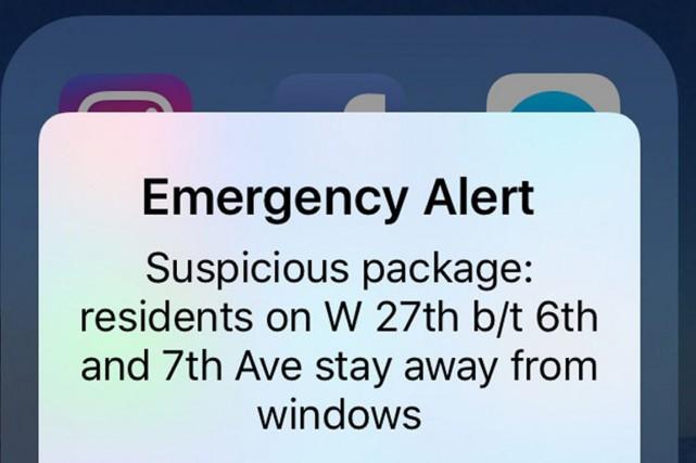 Ce message est le résultat d'un système d'alertes... (photo Maria Sanminiatelli, AP)