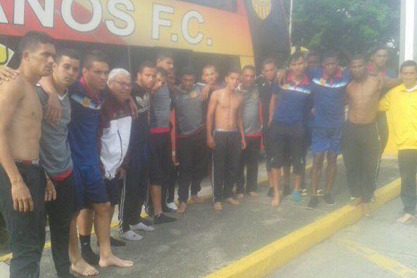 Les images publiées sur le réseau social montrent... (Photo tirée du compte Twitter du Trujillanos FC)