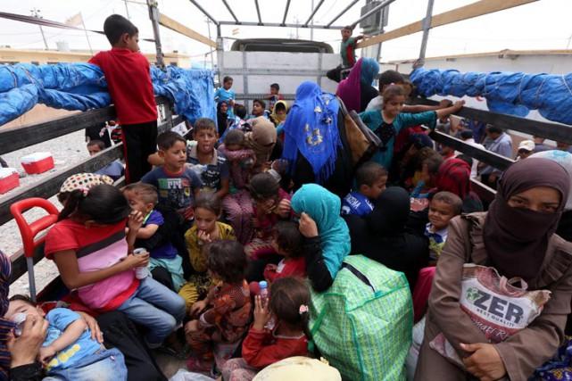L'ONU a prévenu qu'une opération militaire contre Mossoul... (PHOTO AFP)
