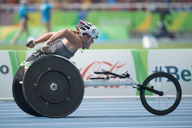 À la course en fauteuil roulant, Diane Roy... (Photo fournie)