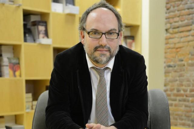 Antoine Tanguay est directeur de la maison d'édition... (PHOTO STEVE DESCHÊNES, ARCHIVES LE SOLEIL)