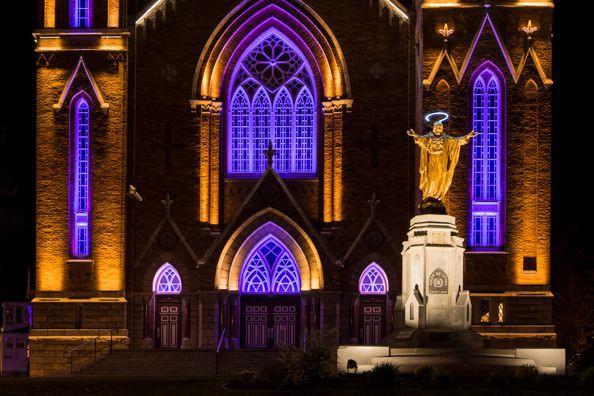 La mise en lumière de l'église Sainte-Agnès, de Lac-Mégantic, vient de... (Photo fournie)