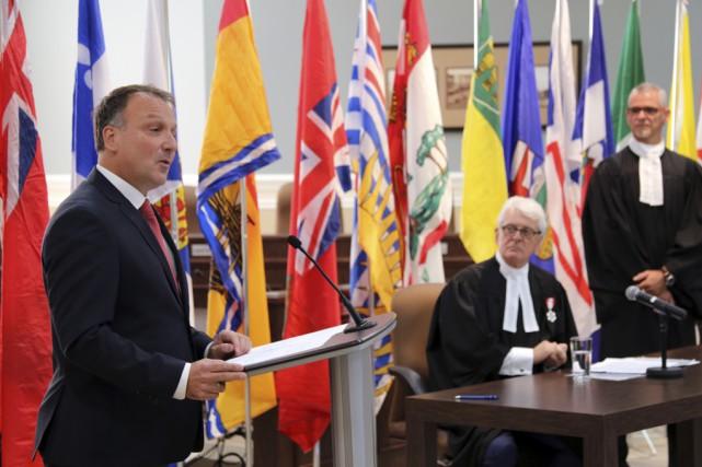 Le député fédéral Pierre Breton, le président Simon... (photo Christophe Boisseau-Dion)