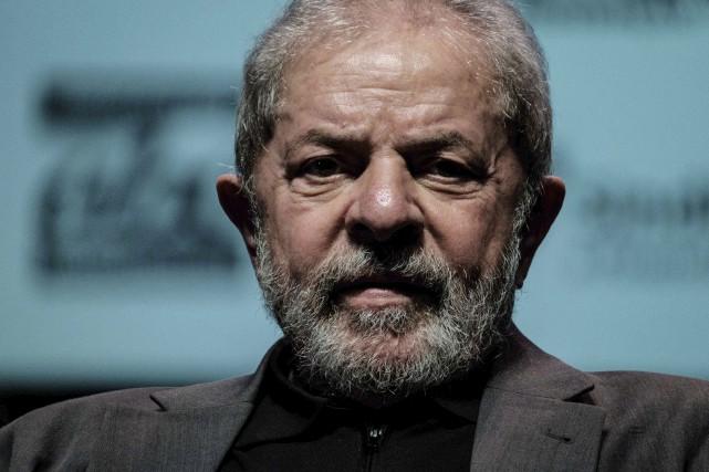 L'ex-président brésilien Lula, 71 ans, a été condamné... (Photo Yasuyoshi Chiba, Archives AFP)