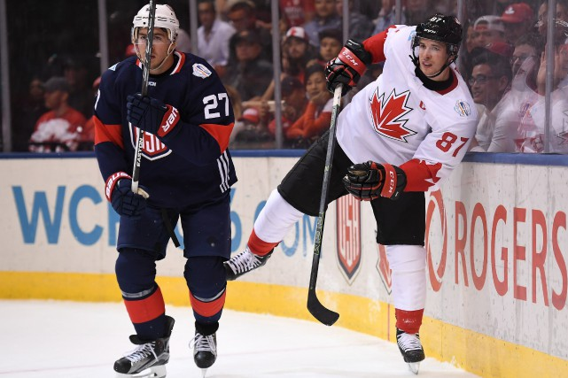 Ryan McDonagh et Sidney Crosby... (PHOTO PC)