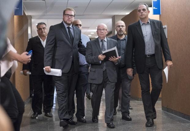 Guy Chevrette, l'avocat représentant l'industrie du taxi Marc-Antoine... (La Presse Canadienne, Paul Chiasson)