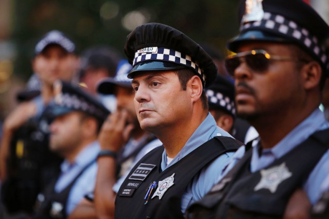 Chicago dispose actuellement d'effectifs policiers rassemblant 12 000 agents,... (photo Joshua LOTT, archives AFP)