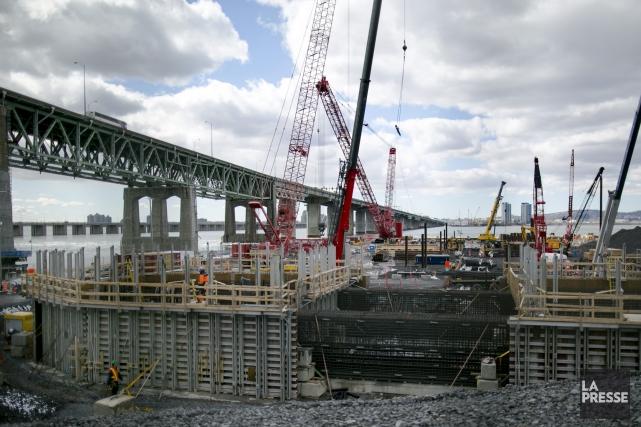 Le chantier du pont Champlain... (Archives La Presse, Marco Campanozzi)