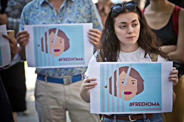 Manifestation pour réclamer la liberation de Homa Hoodfar.... (Photo Patrick Sanfaçon, La Presse)