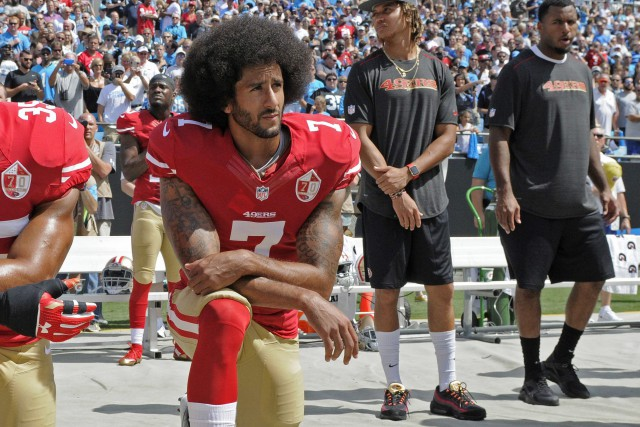 Colin Kaepernick... (Photo Mike McCarn, AP)