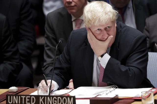 Le ministre britannique des Affaires étrangères, BorisJohnson, a... (AP, Julie Jacobson)
