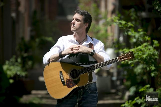Le chanteur country acadien Laurie LeBlanc... (La Presse, François Roy)