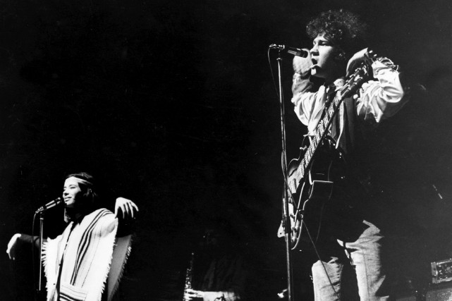Louise Forestier et Robert Charlebois en spectacle... (Archives La Presse)